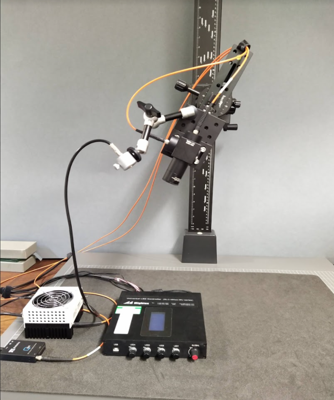 Microfadometer